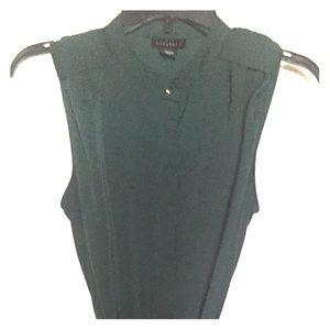 Metaphor dark green Dress